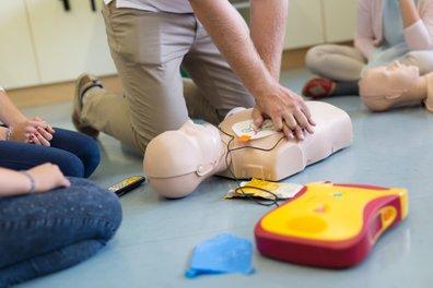 hjertestarterkursopplæring